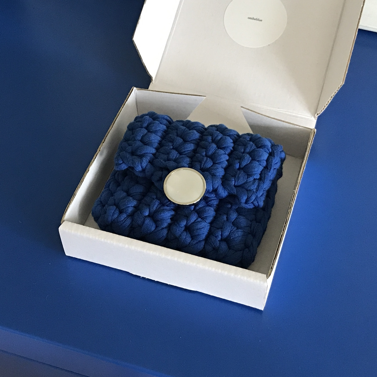 BUTTON CASE / blue
